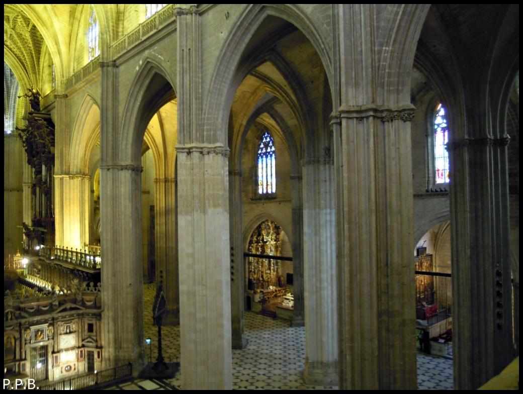 Catedral de sevilla interior desde la giralda - Catedral de sevilla interior ...